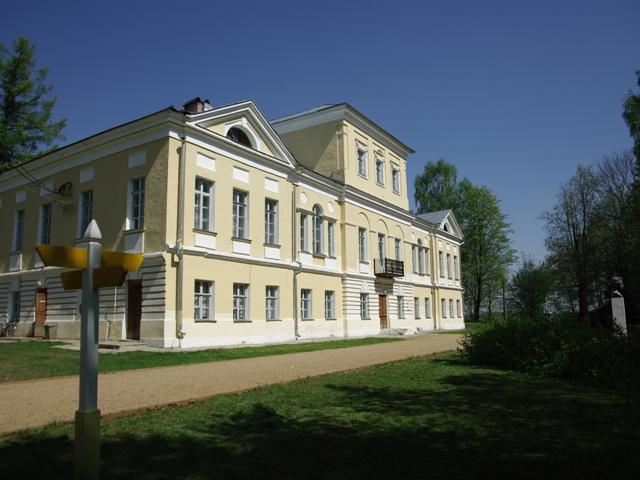 http://www.giraftv.ru/docs/image/literaturnye_mesta/bernovo_4.jpg